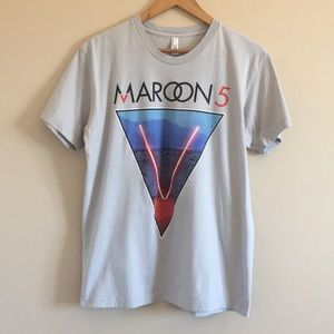Maroon 5 Concert World Tour Graphic Tee 2015 Large